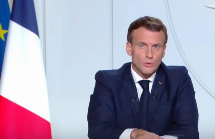 Emmanuel Macron, Outre-mer, confinement