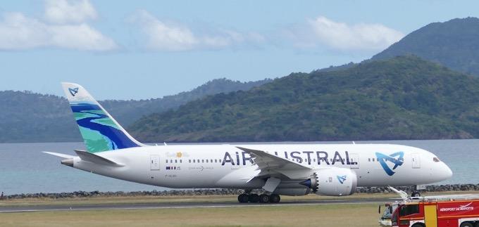EVASAN, Mayotte, Air Austral