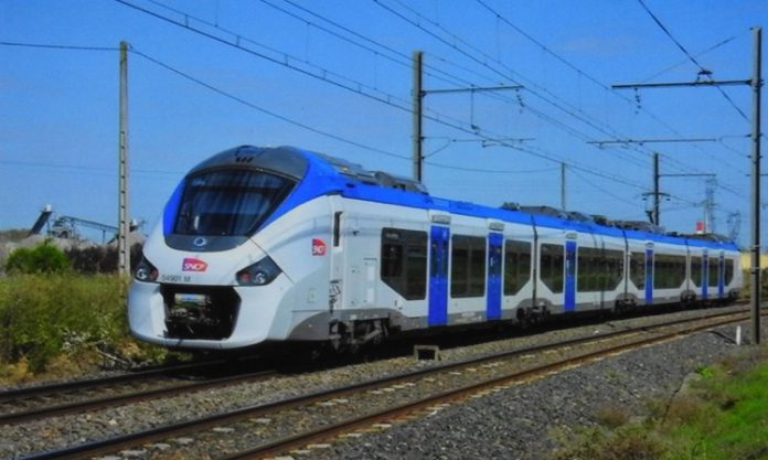 Train, Mayotte, Transports en commun