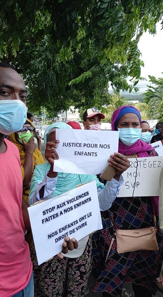 Comores, viol