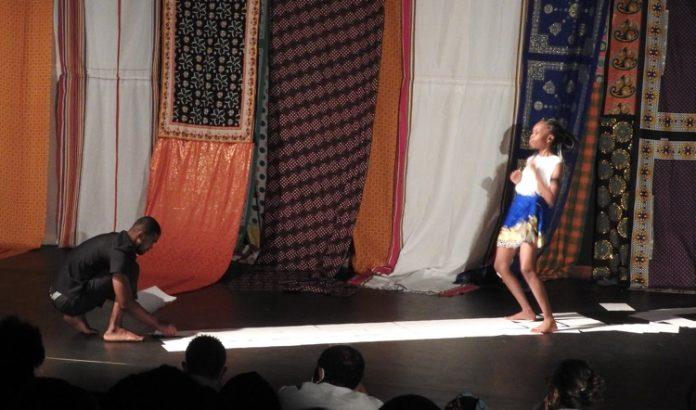 Théâtre, Marivaux, Kazyadance, Mayotte