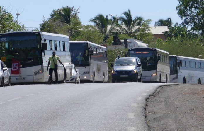 Transport scolaire, Mayotte